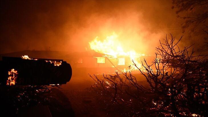 Yangınlar nedeniyle 100 binden fazla kişi için tahliye emri