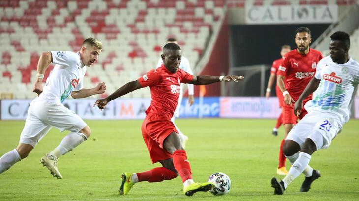 Rizespor, Süper Lig'de 11 maç sonra deplasmanda kazandı