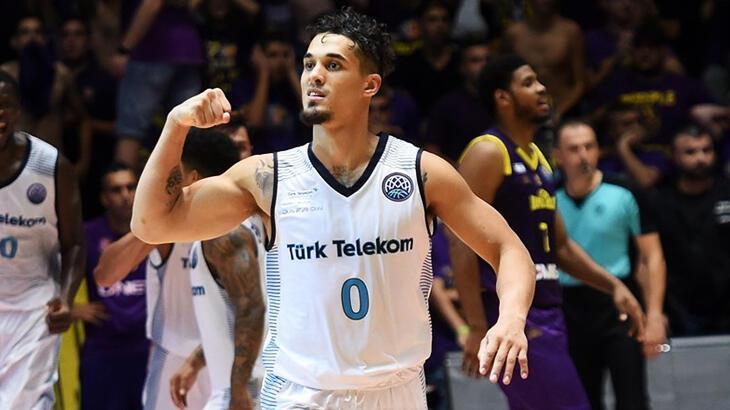 Türk Telekom, ABD'li basketbolcu Nick Johnson ile anlaştı