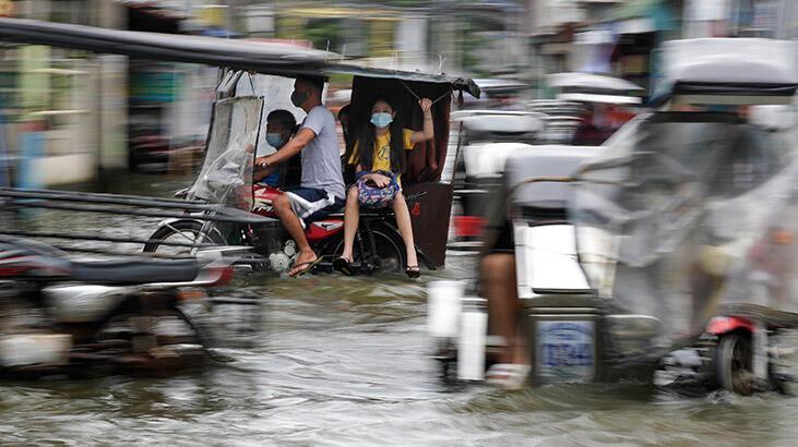 Molave tayfunu fena vurdu: 2 ölü, 26 kayıp