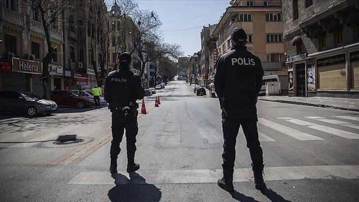 Türkiye'de sokağa Çıkma yasağı geldi mi, seyahat yasağı var mı? İşte yasak ve kısıtlama hakkındaki bilgiler...