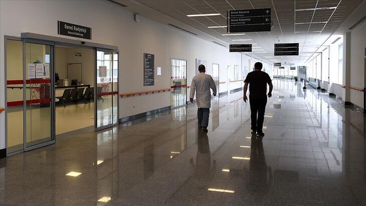 Son dakika: Bakan Koca müjdeyi verdi! 12 bin sağlık personeli alınacak