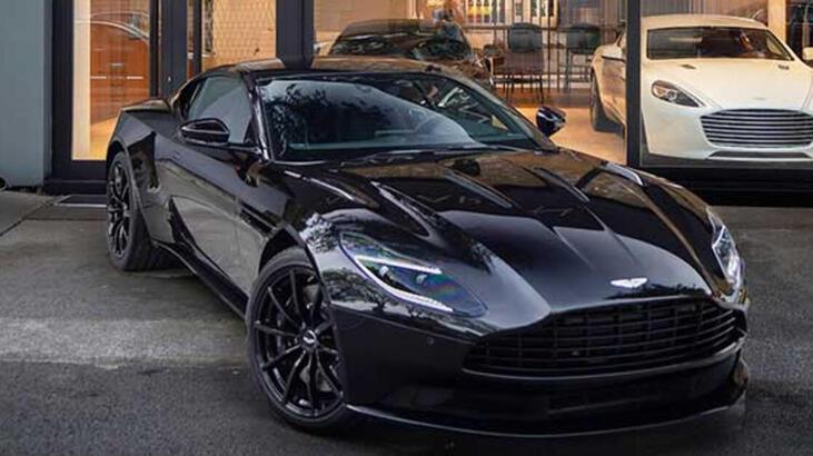 Aston Martin, firma hisselerinin %20'sini Mercedes'e verdi