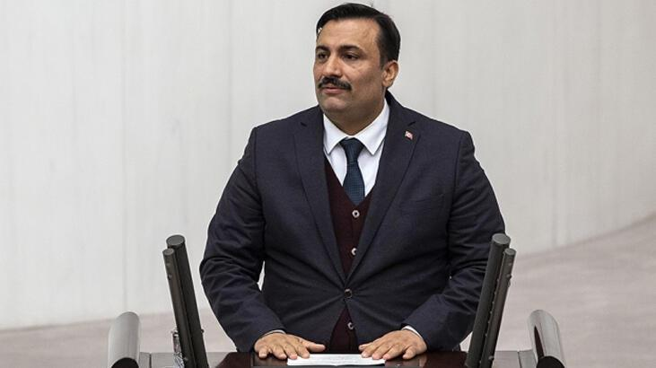 AK Parti İzmir Milletvekili Cemal Bekle'den 29 Ekim mesajı