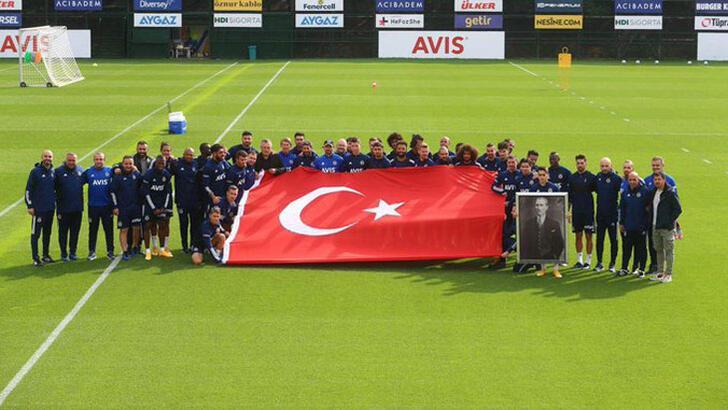 Fenerbahçe'de Cumhuriyet Bayramı coşkusu