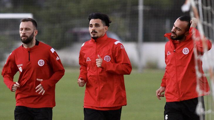 Antalyaspor'da, Fenerbahçe hazırlıkları sürüyor