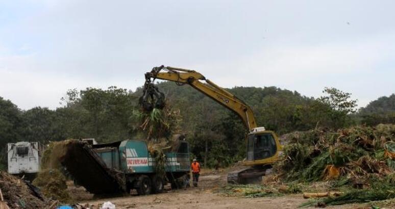 Kemer'den 10 ayda 26 bin 371 ton çöp transfer edildi