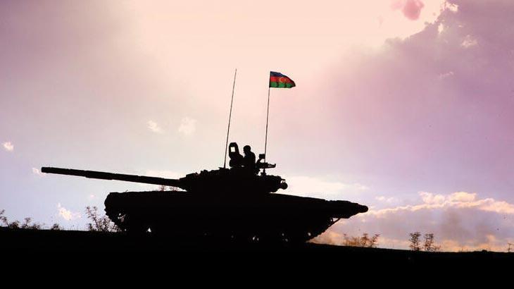 Azerbaycan ordusu Şuşa'ya yürüyor