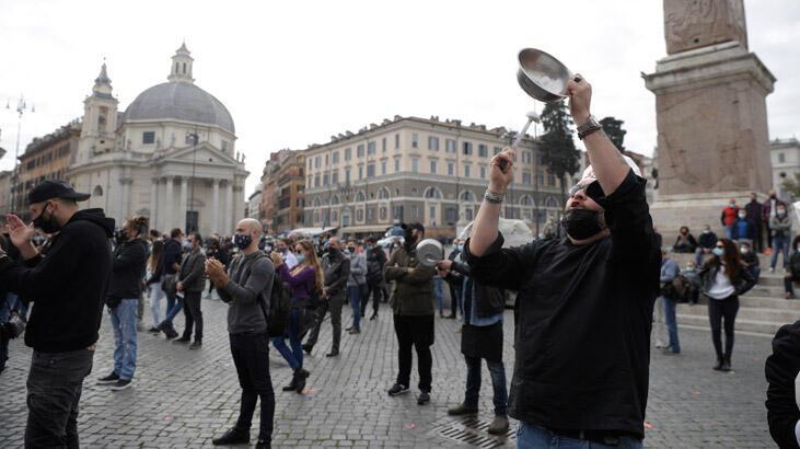 İtalya'da restoranlar iflasa sürükleniyor: 'Diz çökmüş durumdayız'