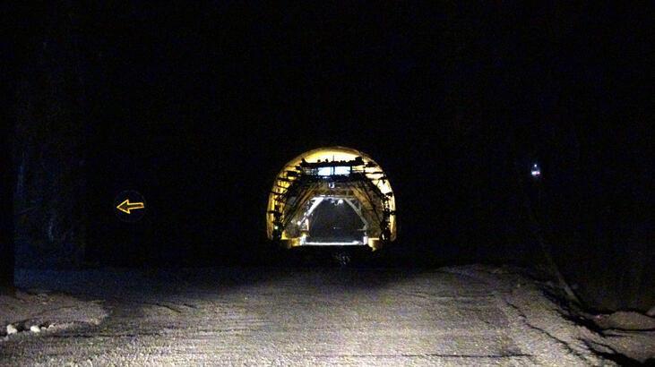 Avrupa'nın en uzunu olacak Zigana Tüneli'nin yüzde 76'sı tamamlandı