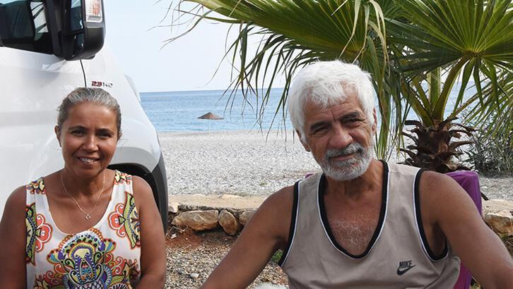 Antalya Taşdibi plajında karavan kent oluştu