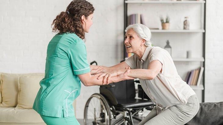 Engelli Bakımı Ve Rehabilitasyon Bölümü Nedir, Dersleri Nelerdir? Mezunu Ne İş Yapar?