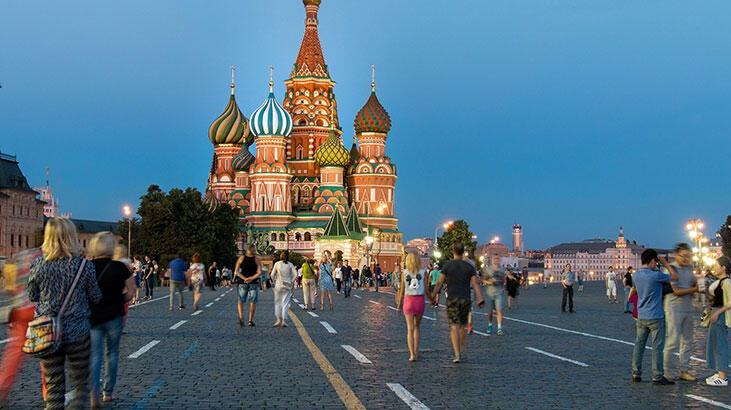 Turizm İşletmeciliği Ve Otelcilik Bölümü Nedir, Dersleri Nelerdir? Mezunu Ne İş Yapar?