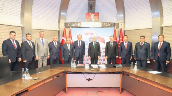 Kılıçdaroğlu ile Turgutlu'yu konuştu