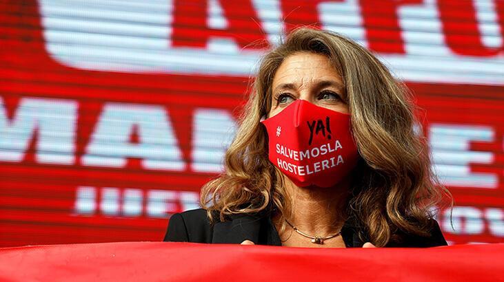 İspanya'da son 24 saatte 19 bin 511 koronavirüs vakası