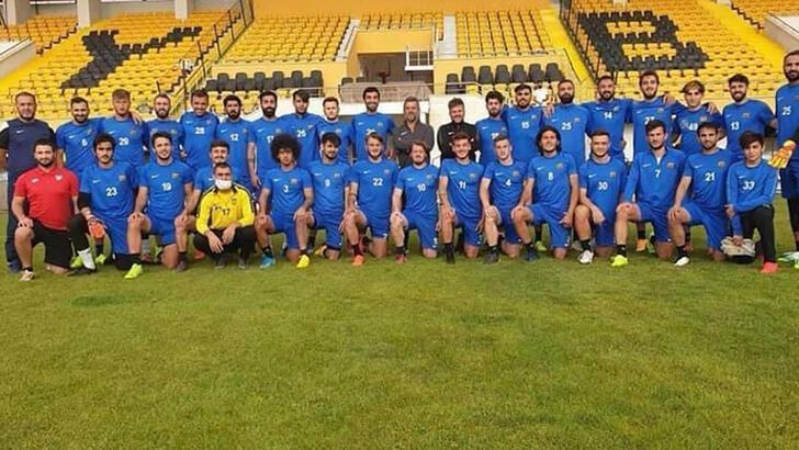 Bayburt Ozel Idarespor'da ikinci koronavirüs şoku: 18 futbolcu pozitif