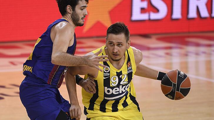Barcelona - Fenerbahçe Beko: 97-55