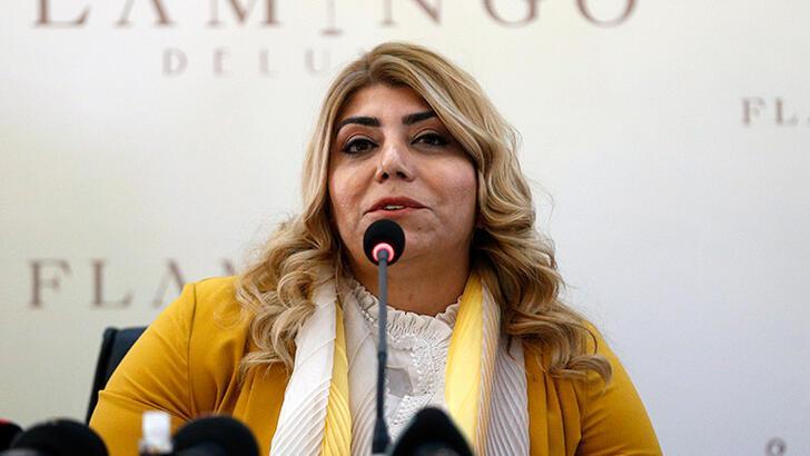 Kayserispor'da Başkan Berna Gözbaşı 2 ayrılığı açıkladı!