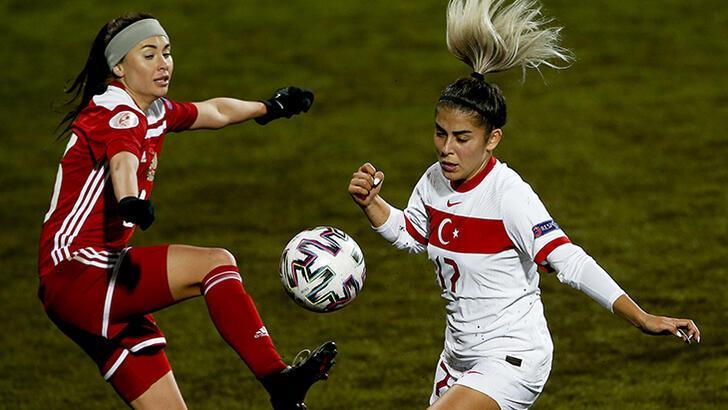 A Milli Kadın Futbol Takımı'nda Sevgi Çınar üzüntüsü