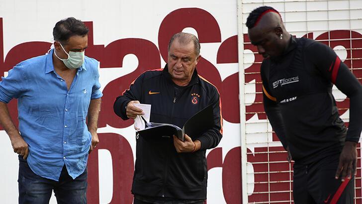 Son dakika - Florya'da tatsız hava! Galatasaray'da Fatih Terim...