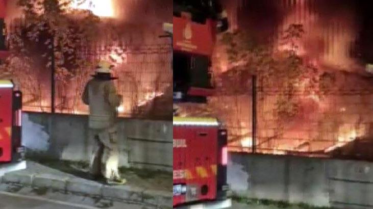 Avcılar'da halı sahanın yanındaki trafo alev alev yandı