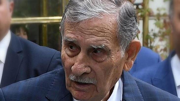 Son dakika... Eski başbakanlardan Yıldırım Akbulut hastaneye kaldırıldı