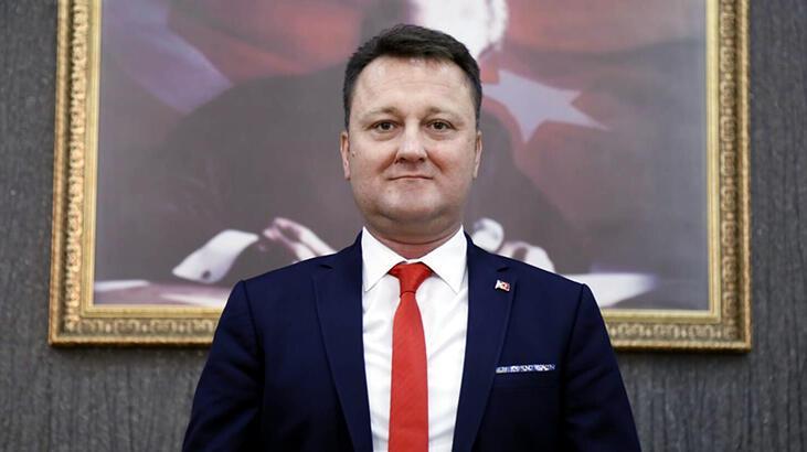 Son dakika... Menemen Belediye Başkanı Serdar Aksoy CHP'den istifa etti