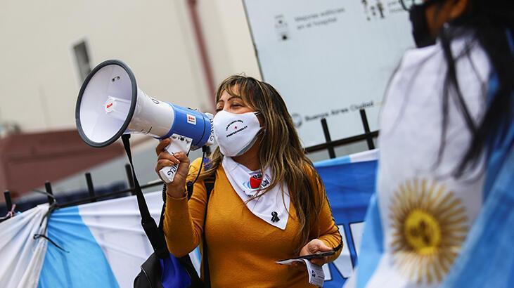 Arjantin'de hemşireler gösteri düzenledi