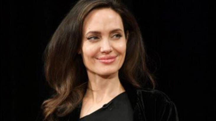 Angelina Jolie'den McCullin  biyografisi