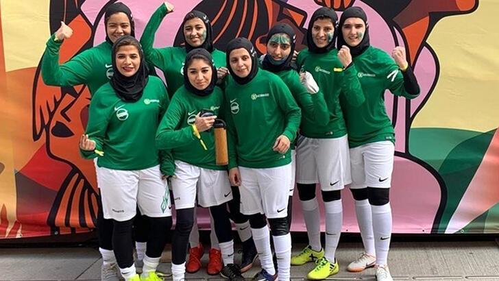 Suudi Arabistan'da Kadın Futbol Ligi başladı!
