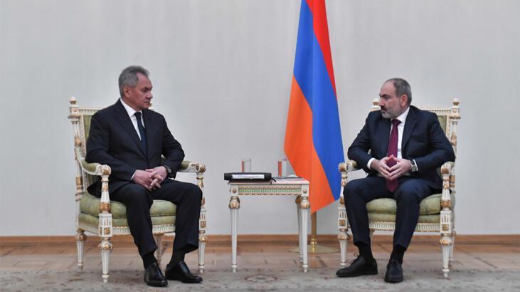Rusya Savunma Bakanı Ermenistan'da