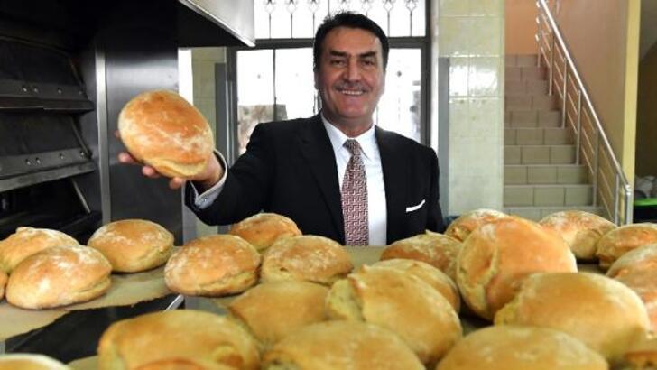 Osmangazi'de her gün 6 bin ekmek ihtiyaç sahiplerine dağıtılıyor