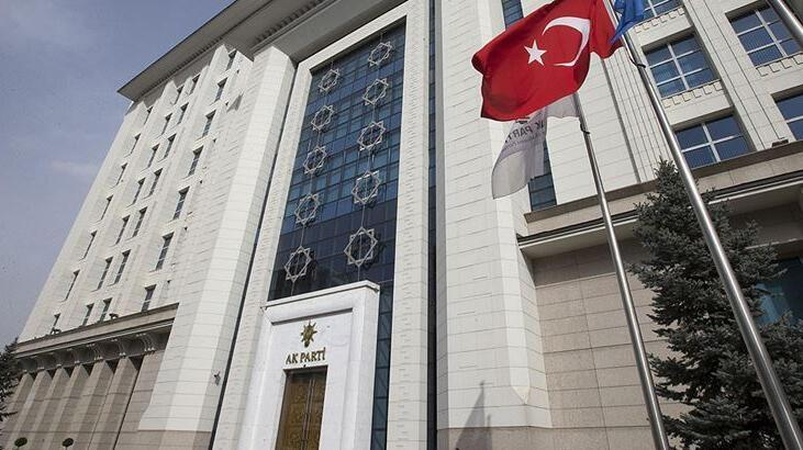 AK Parti'nin İstanbul'un 10 ilçesinde kongre başkan adayları belirlendi