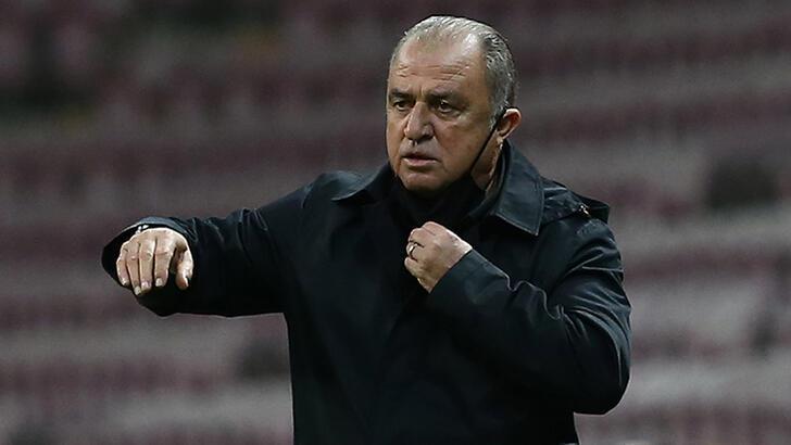 Son dakika - Galatasaray'da Fatih Terim'den erteleme açıklaması!