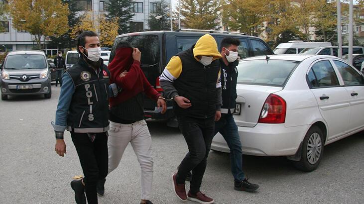 Uyuşturucu haplarla yakalanan 4 kişi adliyeye çıkarıldı!