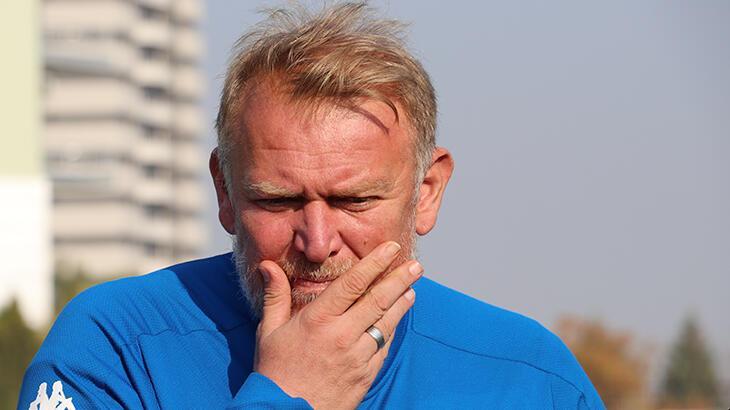 Son Dakika | Denizlispor'da Robert Prosinecki yönetime istifasını sundu!