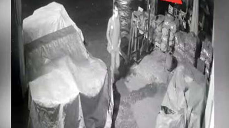Nizip'te kameradan belirlenen 4 hırsızlık şüphelisi yakalandı