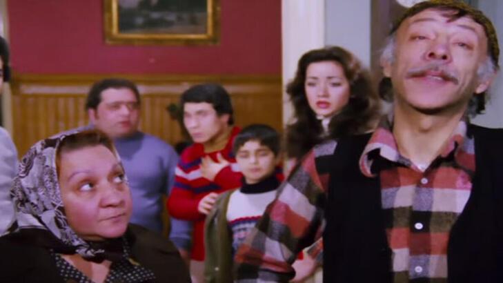Neşeli Günler filmi konusu ve oyuncu kadrosu! Neşeli Günler filmi kaç yılında çekildi?