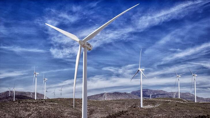 """Rüzgar enerjisi, 9,6 milyon haneye """"ışık"""" oldu"""