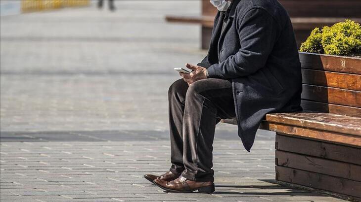 65 Yaş üstü seyahat izin belgesi e-devlet nasıl alınır? 65 yaş üstü sokağa çıkma yasağı saatleri ne zaman, cezası ne kadar?