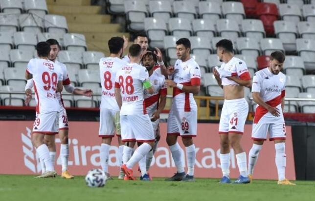 Antalyaspor'da 8 eksik
