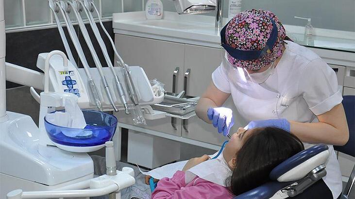 Tıp ve diş hekimliği uzmanlık öğrencileriyle ilgili yeni karar