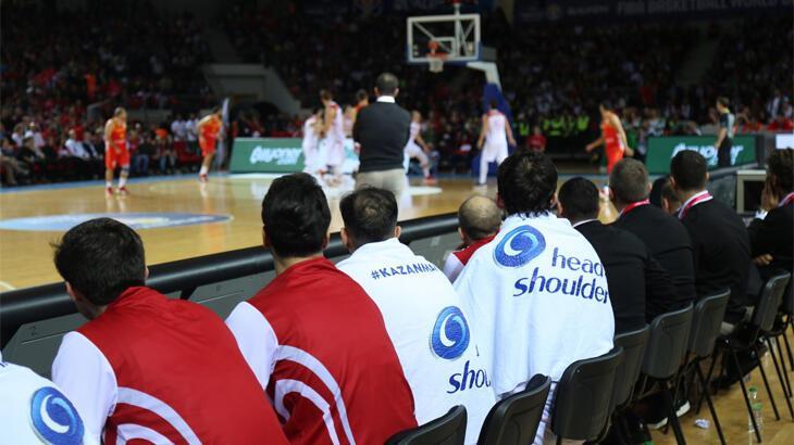 Türkiye A Milli Erkek Basketbol Takımı'na dev destek!