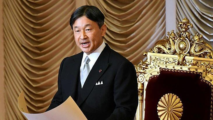 Japonya İmparatoru'nun yeni yıl selamlamasına koronavirüs engeli