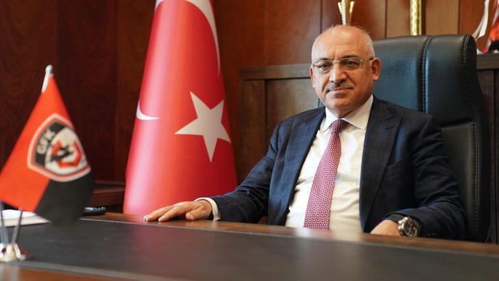 Başkan Büyükekşi'den Gaziantep FK'ya övgü