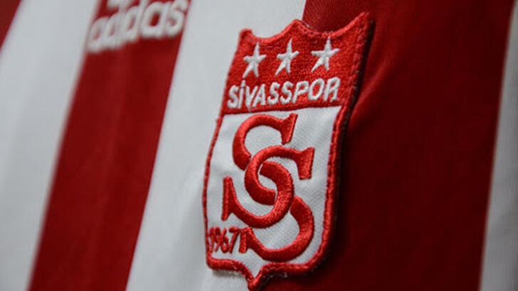 Son dakika - Sivasspor'da 3 kişinin koronavirüs testi pozitif çıktı!