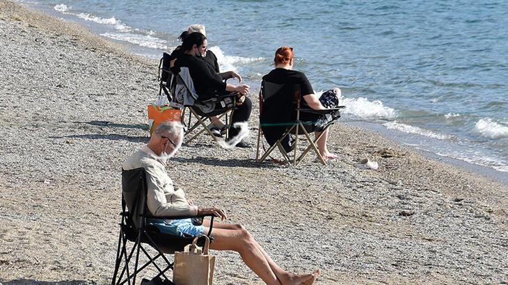 Muğla'nın turistik ilçelerinde sahillerde güneşli hava yoğunluğu!