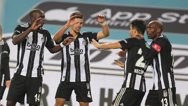 Beşiktaş'tan 15 yıl sonra Kadıköy zaferi!