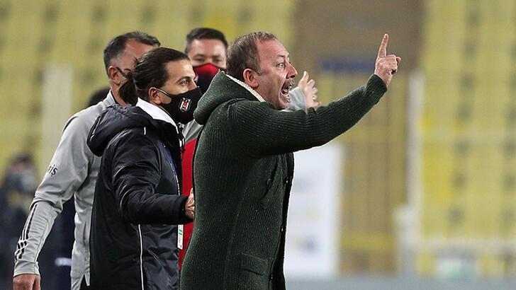 """Son dakika - Beşiktaş'ta Sergen Yalçın'dan hakem tepkisi! """"Erol hocaya sorarsanız..."""""""