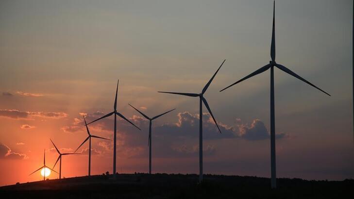 Yenilenebilir enerji teşvikinden yararlanma telaşı yatırımlarda rekor getirdi